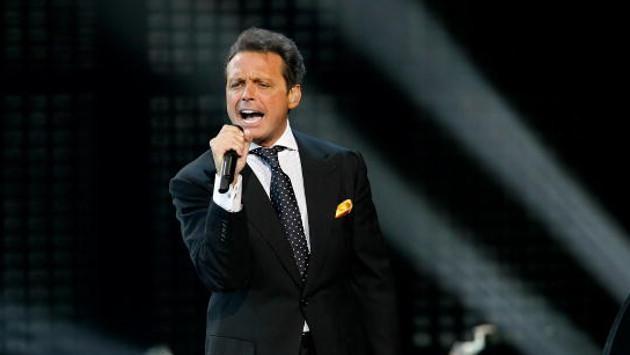 Diego Boneta interpretaría a Luis Miguel en la serie que Netflix prepara sobre el cantante