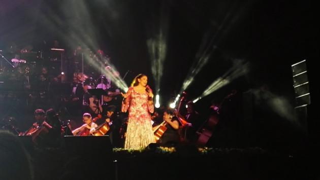 Público peruano se rindió ante magistral concierto de Isabel Pantoja (FOTOS Y VIDEO)