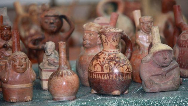Perú recupera 82 piezas de su patrimonio cultural en Italia