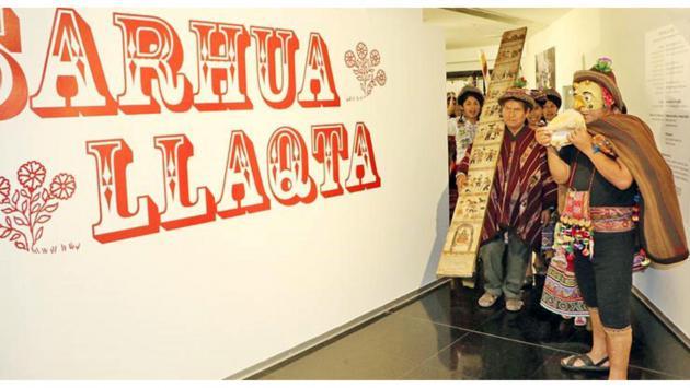 Organizan visitas guiadas en quechua a muestra en Biblioteca Nacional
