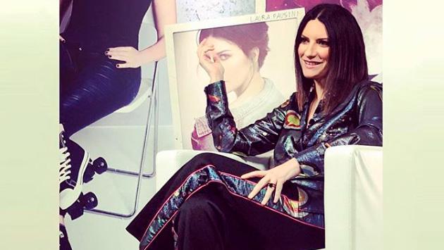 Laura Pausini anuncia el estreno de su nueva canción