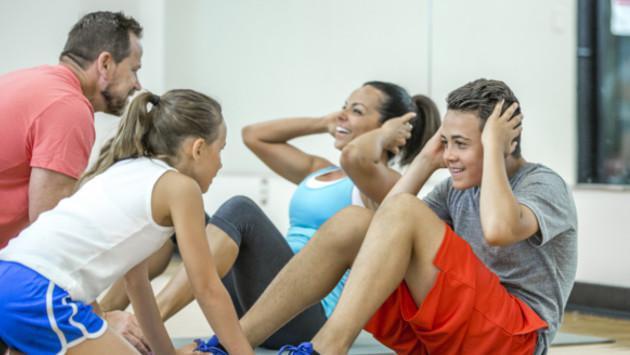 ¡Estas actividades físicas las puedes realizar en familia!
