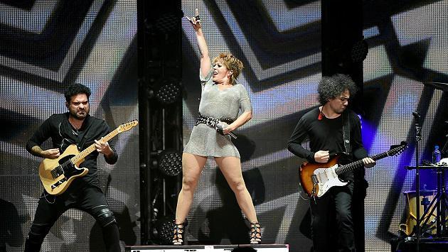 Alejandra Guzmán se emociona hasta las lágrimas con su 'Versus Tour'