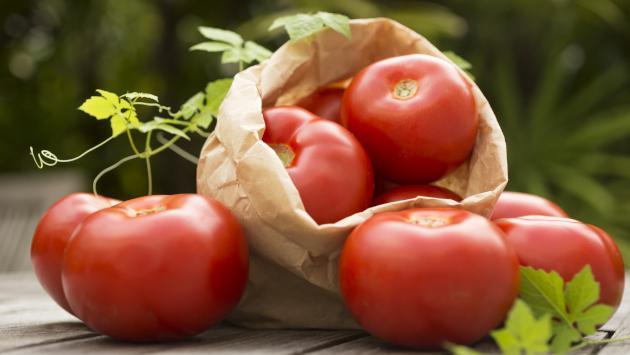 Así debes usar los tomates si quieres disminuir la presión alta