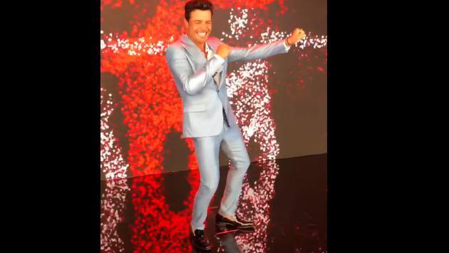 Chayanne remece las redes con este baile al estilo Michael Jackson
