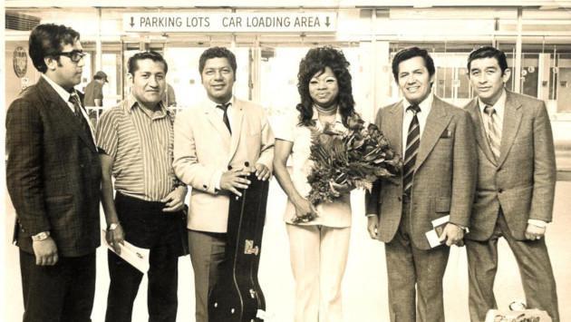 Conmemora el aniversario del nacimiento de Lucha Reyes