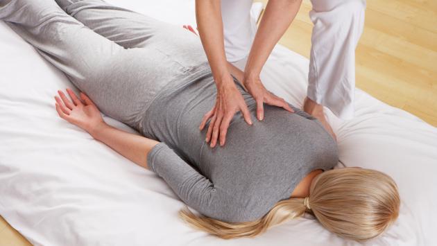Conoce cuáles son los tipos de masajes terapéuticos y sus beneficios