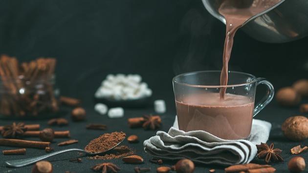 Conoce los beneficios de beber chocolate caliente