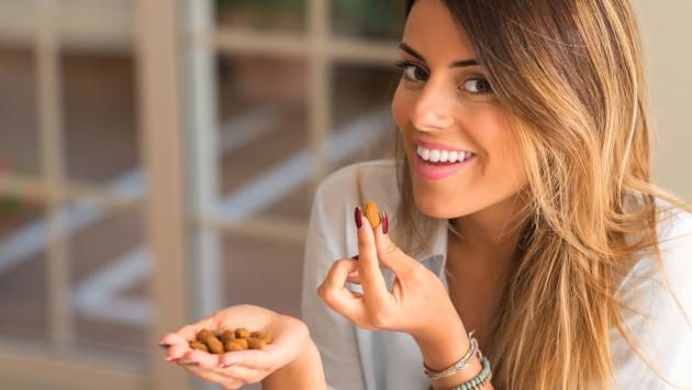 Conoce los beneficios del aceite de almendras para la piel y el cabello
