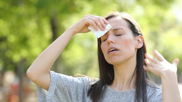 Evita la deshidratación en este verano con estos simples pasos