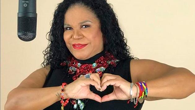 Eva Ayllón cumplió 50 años de vida artística