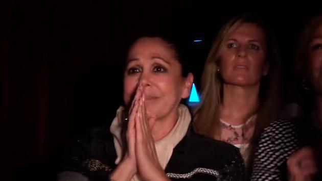 Isabel Pantoja se emociona hasta las lágrimas al ver cantar a su hijo