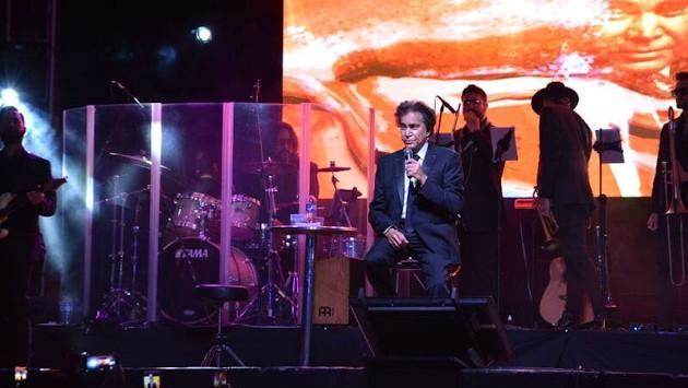 José Luis Rodriguez 'El Puma' deja sin aliento a sus seguidores durante su gira