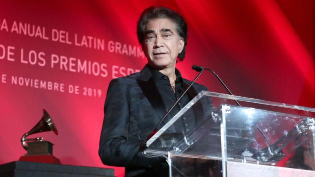 José Luis Rodríguez recibe el Premio a la Excelencia Musical 2019
