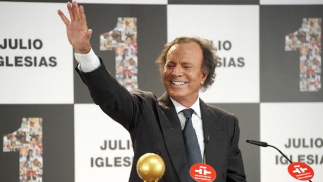 Julio Iglesias lanzó disco de duetos 'México & Amigos'