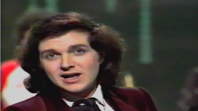 El momento inolvidable en el que Camilo Sesto le cantó 'Perdóname' a su mamá (VIDEO)