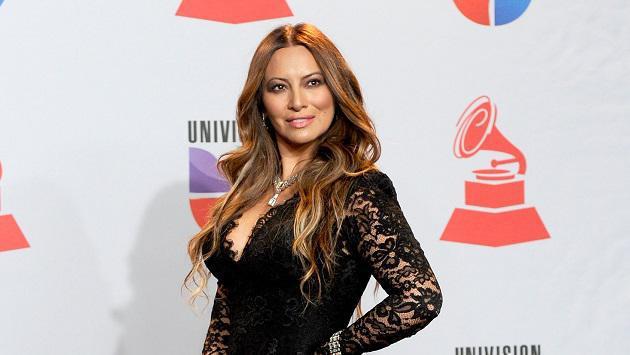 Myriam Hernández feliz por los covers de sus canciones realizados por conocida salsera peruana