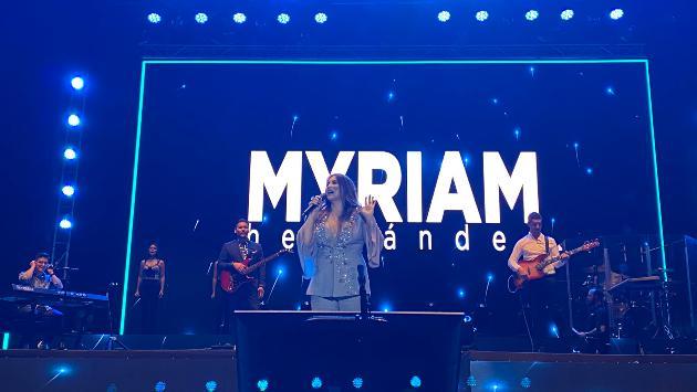Myriam Hernández dejó motivador mensaje por el Día de la Mujer durante su concierto en nuestro país [FOTOS]