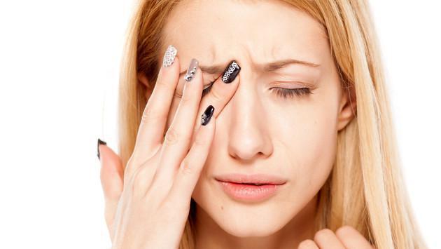 Este remedio casero te ayudará a prevenir enfermedades en los ojos. ¡Toma nota!