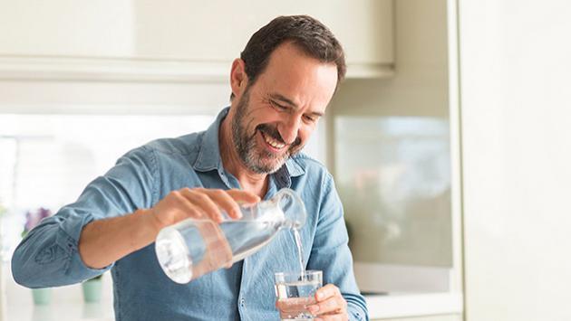 ¿Por qué debes mantenerte hidratado?