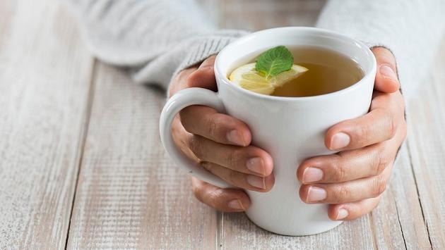 ¿Por qué debes tomar té verde con regularidad?