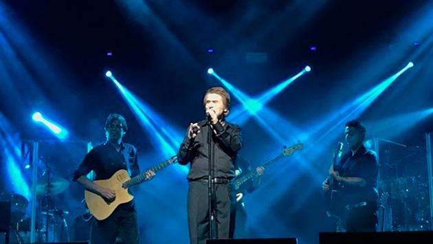 Raphael ya está en Sudamérica con su gira 'Loco Por Cantar'