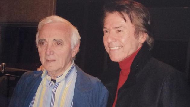 Raphael se despide del cantante francés Charles Aznavour