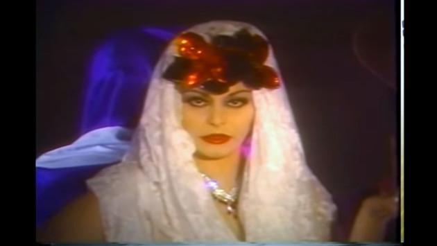 ¿Recuerdas el videoclip oficial de 'Costumbres' de Rocío Dúrcal? ¡Aquí te lo dejamos!