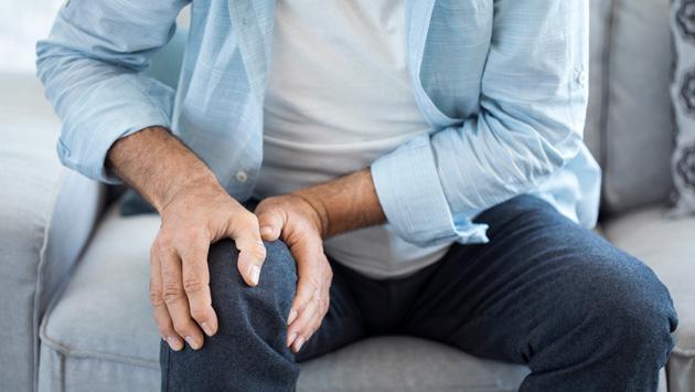 Remedios naturales que alivian el dolor en las articulaciones