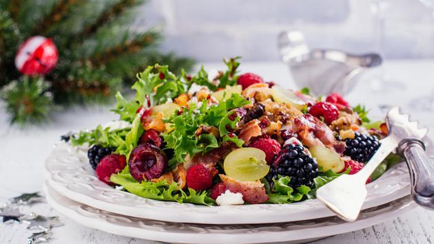 Sigue estos consejos para tener una cena navideña saludable