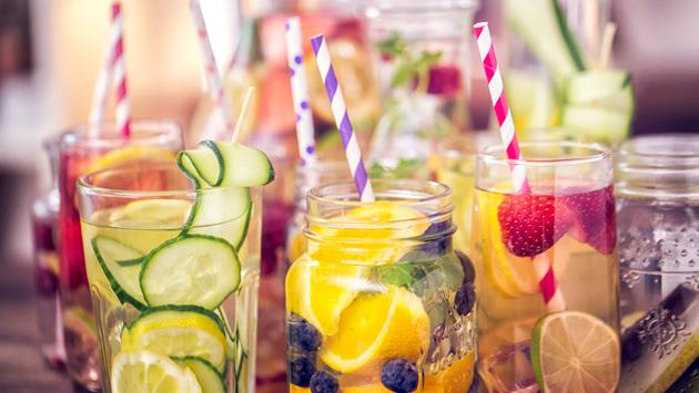 Verano 2018: 3 recomendaciones para mantenerte hidratada todo el día