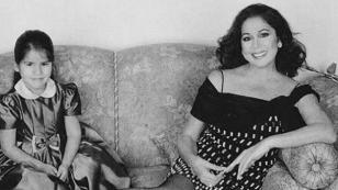 Isabel Pantoja y su hija a puertas de inaugurar su tienda de ropa