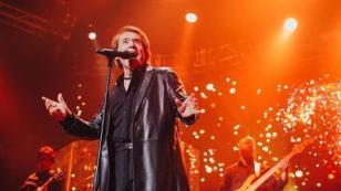 Raphael sigue causando éxito en Argentina con su 'Loco por cantar' tour