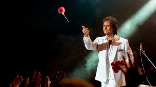 Roberto Carlos brilló en Costa Rica con un gran concierto